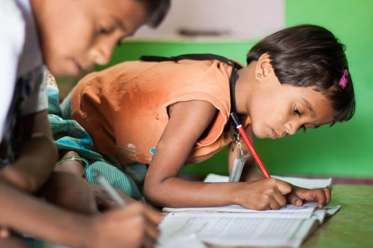 Robin Wyatt, education, literacy, writing, HOPE foundation, children, Chennapatna, Karnataka, India